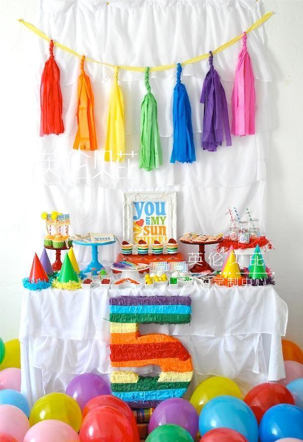 彩虹派对甜品桌布置